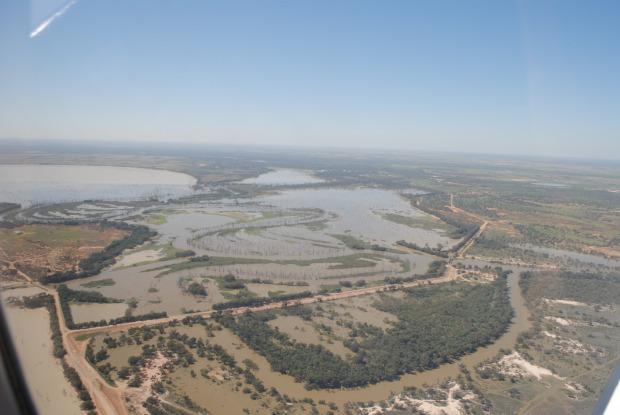 Floodwater at Main Weir 4.4.12